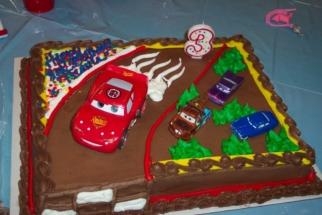 Costco Birthday Cake 4