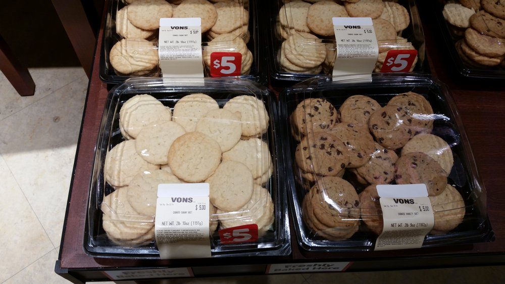 Does Safeway Make Cookie Cakes
