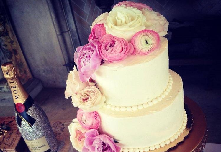 Whole Foods Wedding Cakes Wedding Photography